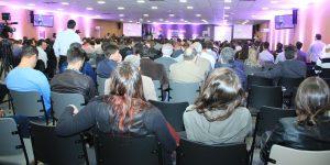 Congresso Nacional Moveleiro terá palestra com Carlos Massa Ratinho