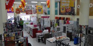 Vendas do varejo brasileiro crescem pelo terceiro mês seguido