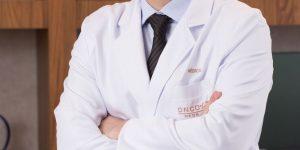 Novembro Azul: médico oncologista responde às dúvidas mais comuns sobre a doença