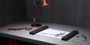 Painéis de madeira em tons escuros dão versatilidade e sofisticação ao mobiliário