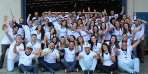 Grupo ArpiAspersul, líder em pintura industrial no Brasil, comemora 4 anos de união