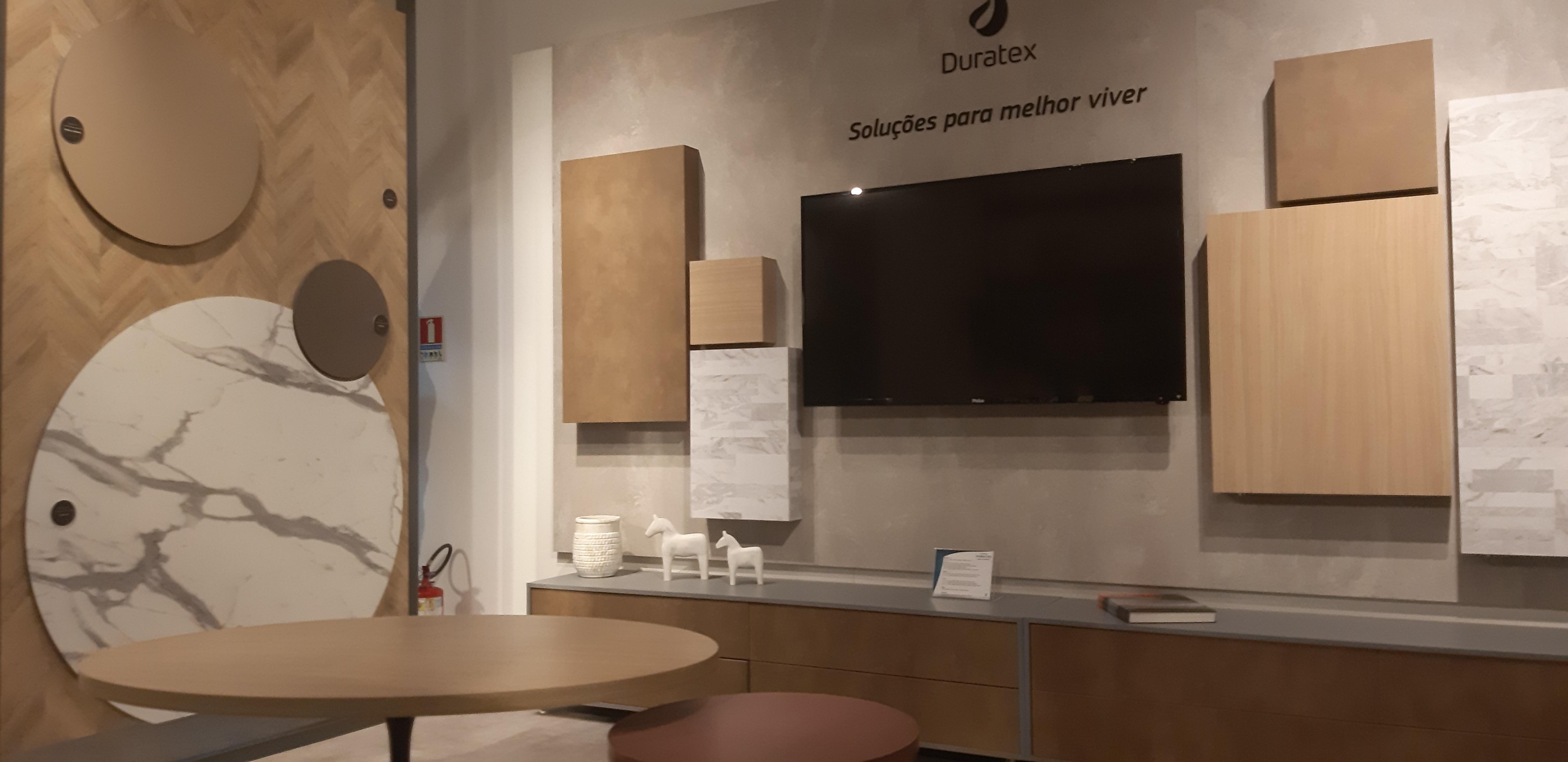 imagem interna do showroom Duratex unidade de Itapetininga