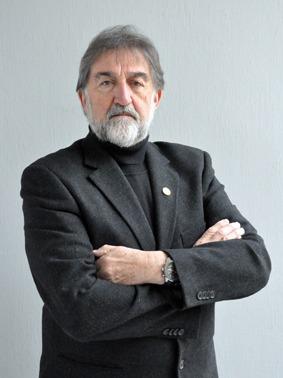 Ivens Fontoura, artista, professor e designer, morre aos 80 anos