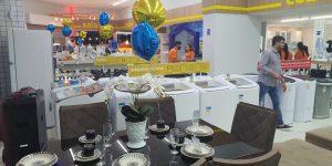Novo Mundo inaugura lojas na véspera da Black Friday