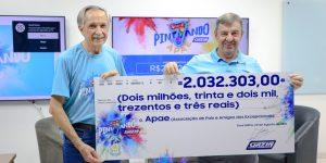 Gazin entrega cheque de mais de R$2 milhões à Apae